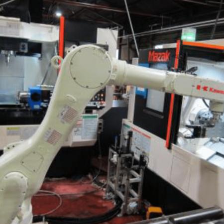 地場産業の素材加工工程にロボット導入